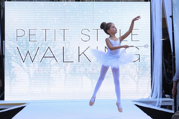 petit-style-walking-bcn-91